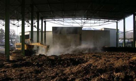 Emise pachových látek