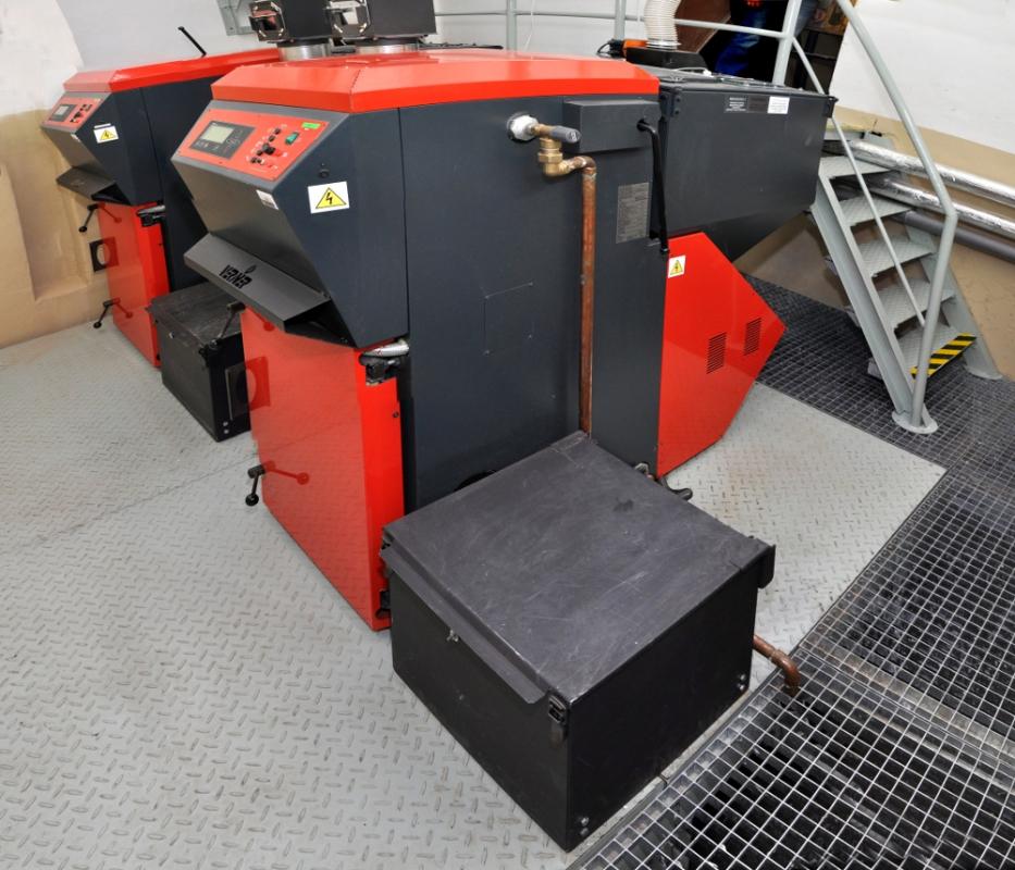 Kaskáda kotlů (dvakrát automatický kotel VERNER A501)