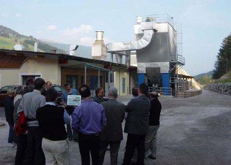 Budova se dvěma kotli na biomasu s elektrostatickým odlučovačem