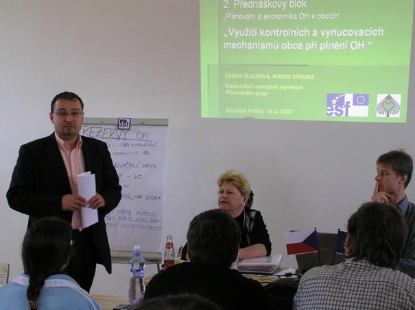 Zaměstnanci partnerských obcí a asistenti projektu