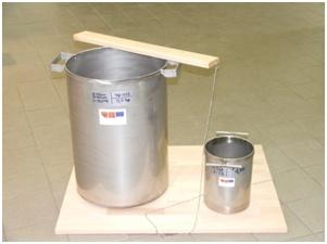 Kalibrované odměrné nádoby pro měření sypné hmotnosti částic (archiv VÚZT, v.v.i.)