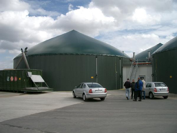 Pohled na zemědělskou bioplynovou stanici