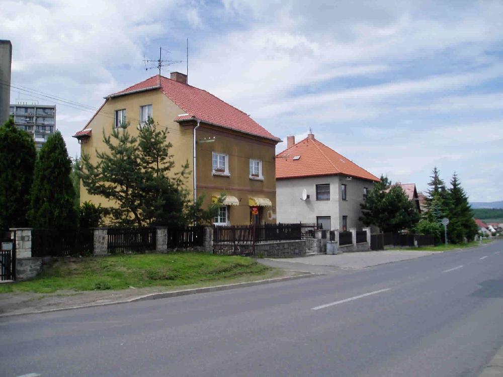 Zástavba rodinných domů pilotního projektu sběru bioodpadu na Pražském předměstí v Bílině