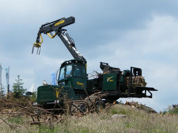 Vývoj mechanizace v lesnictví