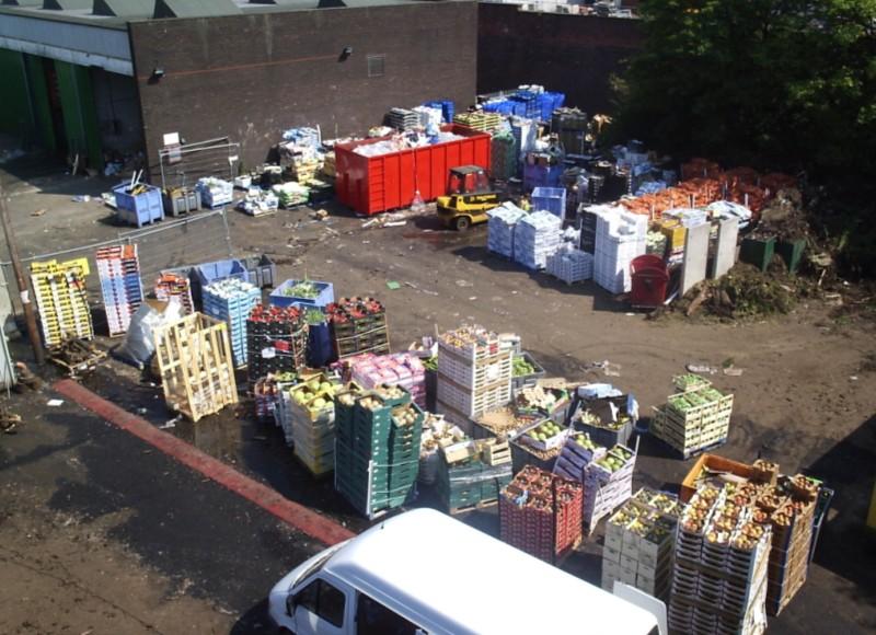 Plocha na príjem bioodpadu z veľkoobchodu a trhoviska.