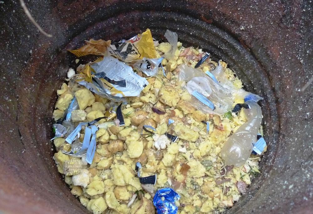 Odseparovaná část anorganických odpadů (Foto P. Plíva)