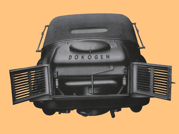 Osobní model Superba 1942 byly poháněny generátorem dřevního plynu DOKOGEN firmy Atmos
