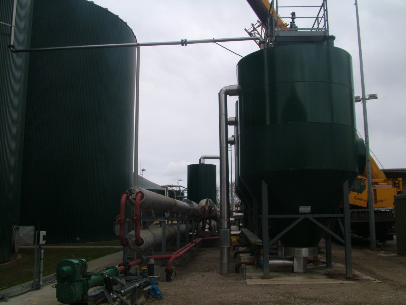 Externí ohřívač substrátu a kogenerační jednotky
